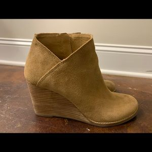 Lucky Brand Booties 10.0